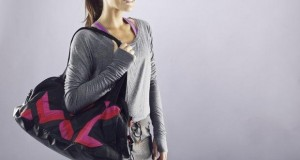 christmas-gift-ideas-for-the-gym-fanatic-bag