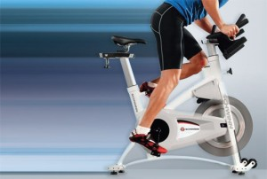 cycling-in-the-winter-spinning-bike