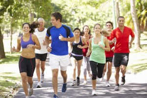 fashion-versus-function-when-choosing-running-clothes-diverse-group