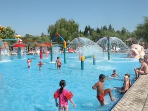 How to Choose Swimwear for Kids Water Park