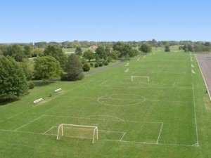how-to-set-up-your-own-local-football-league-pitch-hire