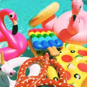 safe-and-fun-pool-party-floats