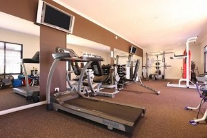 should-teenagers-join-a-gym-little-equipment
