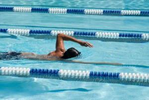 skin-and-haircare-for-swimmers-chlorine-pool