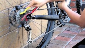 Top Tips for Keeping Your Bike Clean Gears and Chain