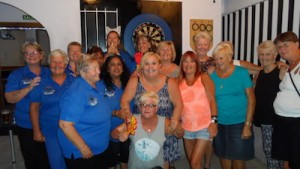 women-should-consider-playing-darts-friendly-comp