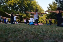 becoming a personal trainer outdoors