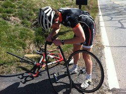 Pitfalls for Beginner Cyclists to Avoid Roadside Repair