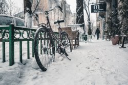 winter cycling bike snow